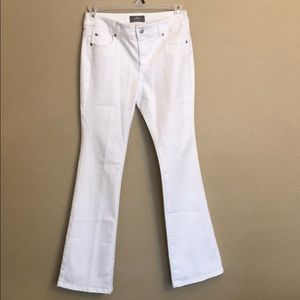 Chico's White So Slimming Boot Cut Jeans Sz. 0